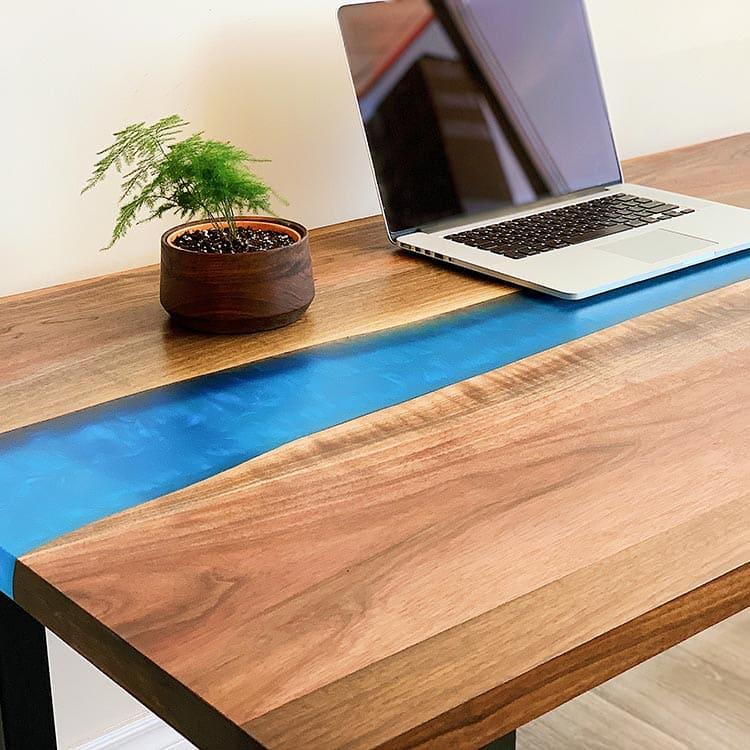 木制环氧树脂桌